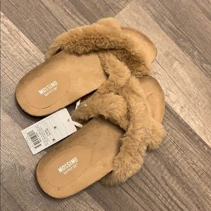 Fur Mossimo sandals